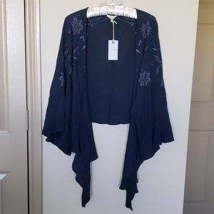 NWT Lucky Brand Embroidered Tie Front Top Sz M/L